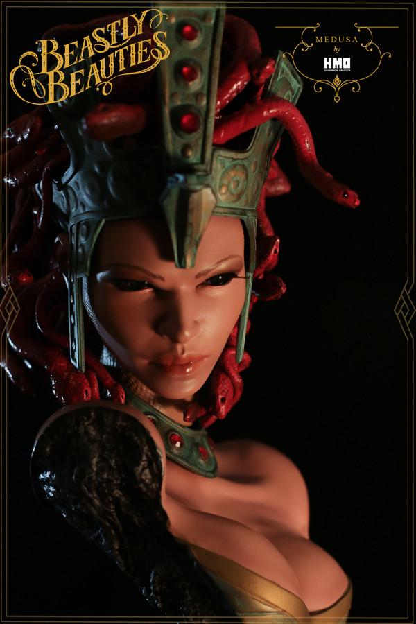 [Bild: HMO-Medusa-5-600x900.jpg]
