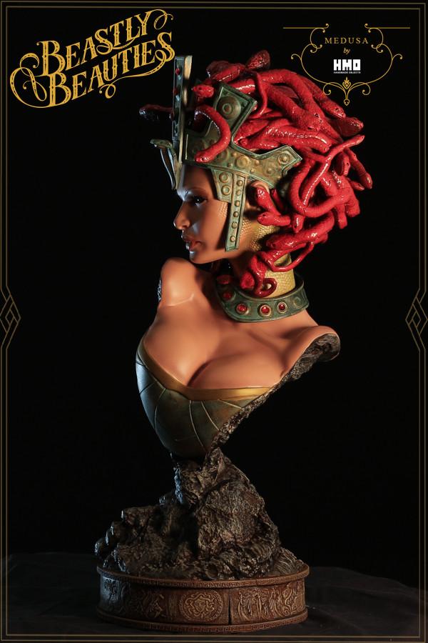 [Bild: HMO-Medusa-7-600x900.jpg]